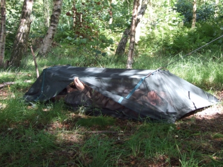 the dd travel hammock    plete with in built mosquito   spreader poles and two waterproof base layers  dd travel hammock bivi   shelby  rh   shelbyoutdoor